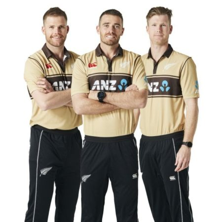 Blackcaps Retro Beige T20 Top